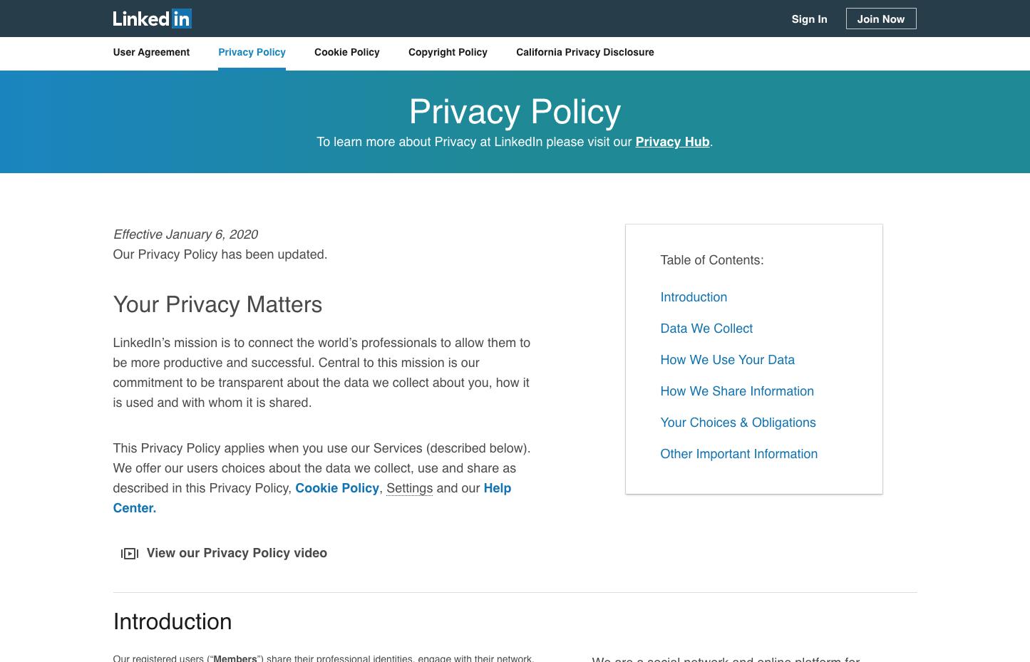 """Политика конфиденциальности  LinkedIn, написанная """"упрощённым"""" языком, без использования терминологии."""